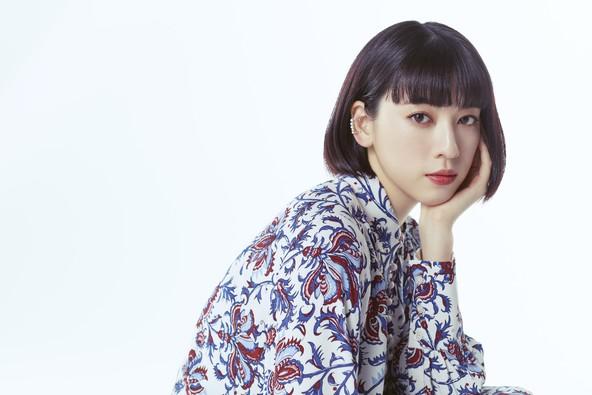 いま話題の女優、三吉彩花が最近ハマっていることとは。知られざる素顔に迫ったインタビュー記事が1月6日より公開。 (1)