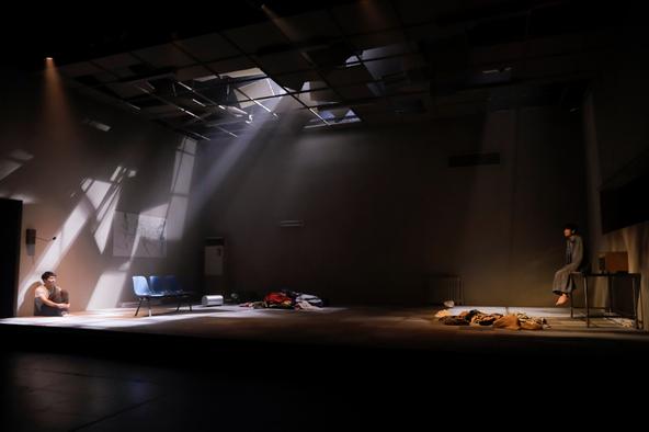 舞台『アーリントン』 (c)撮影=岡千里