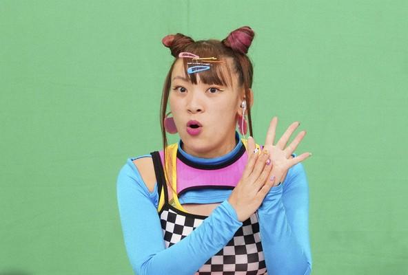 『1億3000万人のSHOWチャンネル』フワちゃん (c)NTV