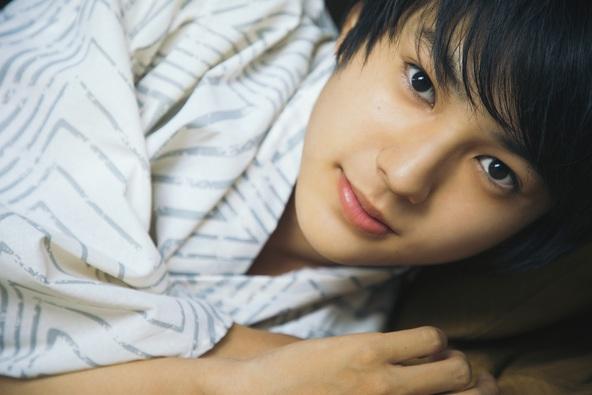 ドラマ「青のSP」「あな番」映画「るろ剣」出演の若手俳優・荒木飛羽、15歳の1年を収めたファースト写真集が発売決定!