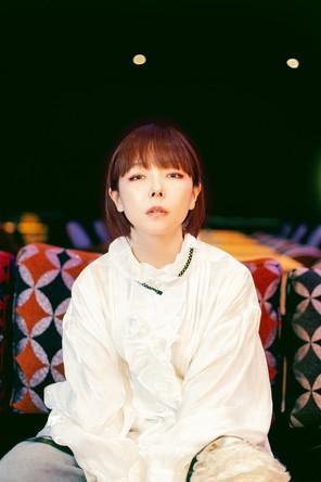 """DJ・aiko""がリスナーのメッセージに応え、アルバム制作秘話を語りつくす!『Monthly Artist File-THE VOICE-』"