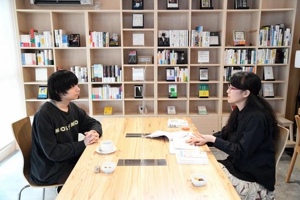 尾崎世界観、南相馬市の柳美里に会いに行く    90分間の対談動画を公開  (1)