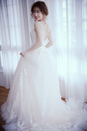 柏木 由紀が20代最後のウエディングドレス姿を披露!30歳を迎える今だからこそ語れる「リアルな結婚観」とは 『ゼクシィ』6 月号「花嫁おうち美容ルーティンSheet」に登場!