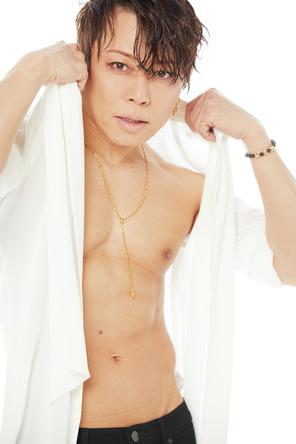 西川貴教『CanCam』美容特集で「いろいろ出しちゃってます!」 (1)