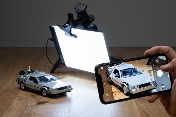 DIME最新号の特別付録は、イラストのトレース、撮影用ライト、簡易照明、アウトドア…いろいろ使える「LEDライティングボード」!!