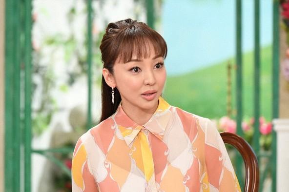 『徹子の部屋』<ゲスト>神田うの (c)テレビ朝日