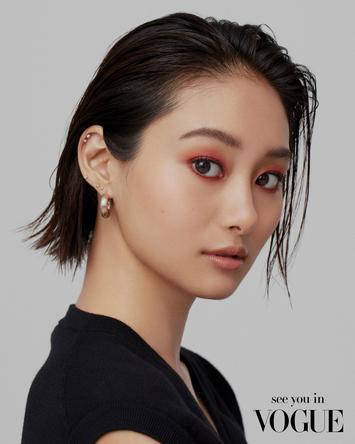グローバルに活躍する女優・忽那汐里、世界のセレブも手がける新RMK クリエイティブディレクターによるメイクで変身 (1)