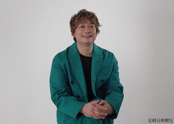 香取慎吾さんがナビゲーターに就任、朝日新聞デジタルでファッションとファンへの想いについて語る (1)