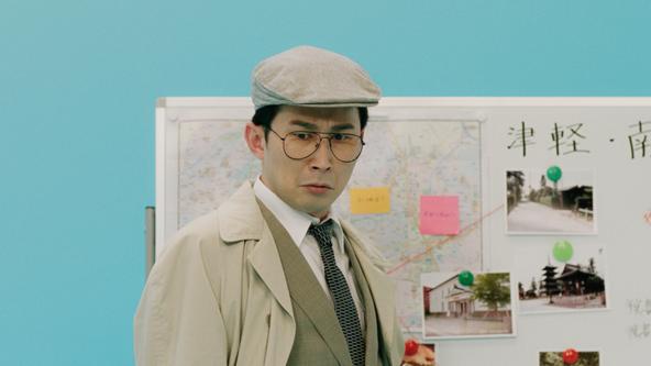 シソンヌじろうさんが書き下ろしコントをWEBムービーで披露 難事件に挑む刑事、元彼との縁が切れない女性…「さっぱりしたい」独特なキャラクターを熱演