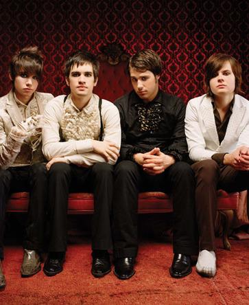 UKチャート、パニック・アット・ザ・ディスコがアルバム2位 他のダンスロック勢も上位にランクイン