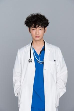 秋ドラマ「コウノドリ」に主演する若手俳優・綾野剛の魅力とは