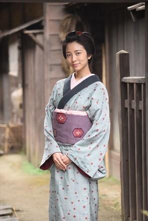 小島梨里杏 「子連れ信兵衛」で時代劇初挑戦